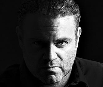 Joseph Calleja Brings to life Verdi's Hereos and Villains New Album